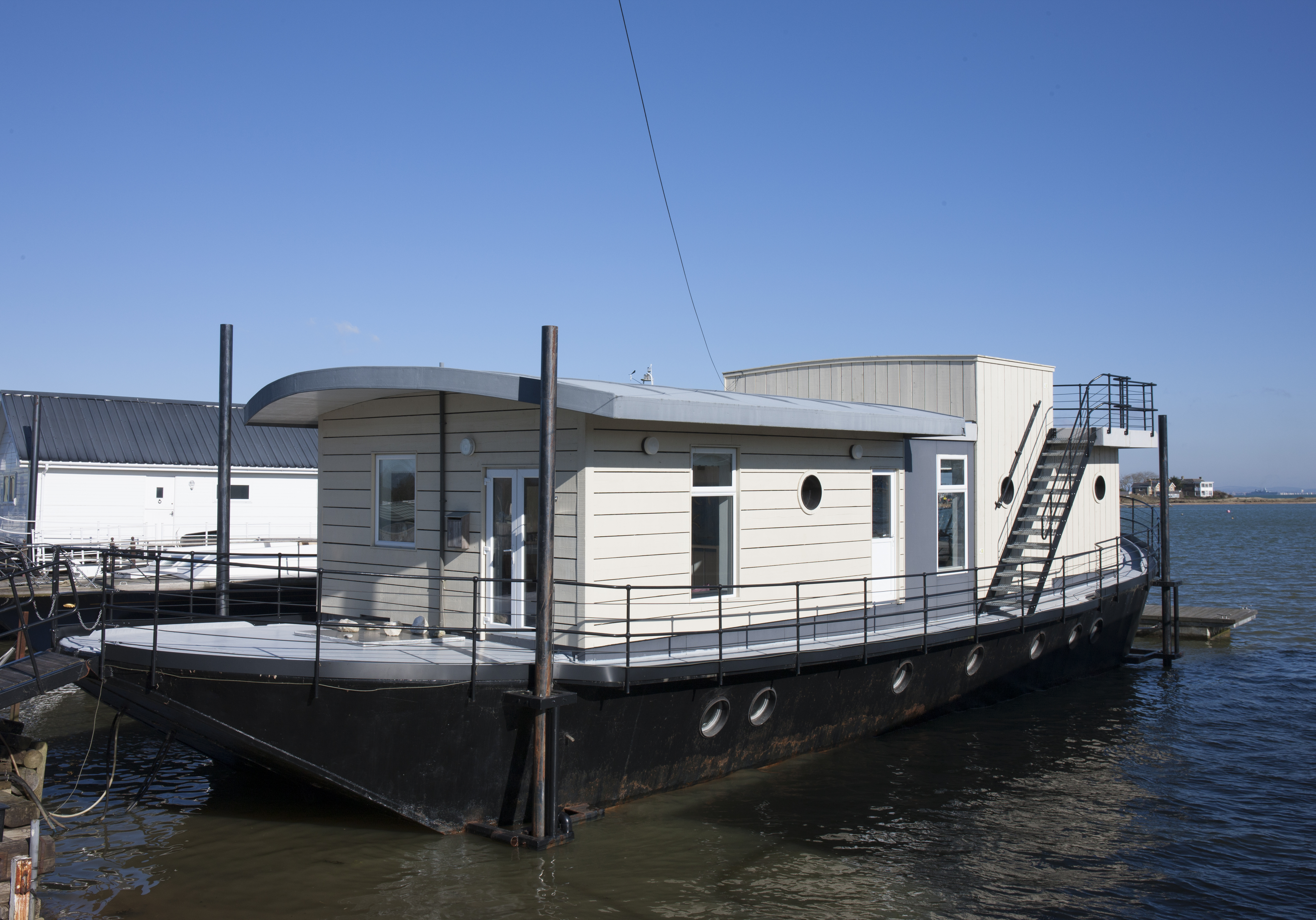 Houseboat Images Harbour Houseboat Boat In Isle Of Wight Canopy Stars