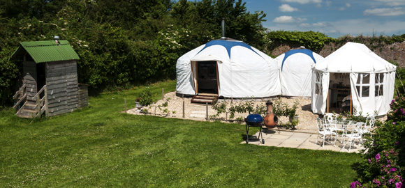 The yurt and loo at Yarlington