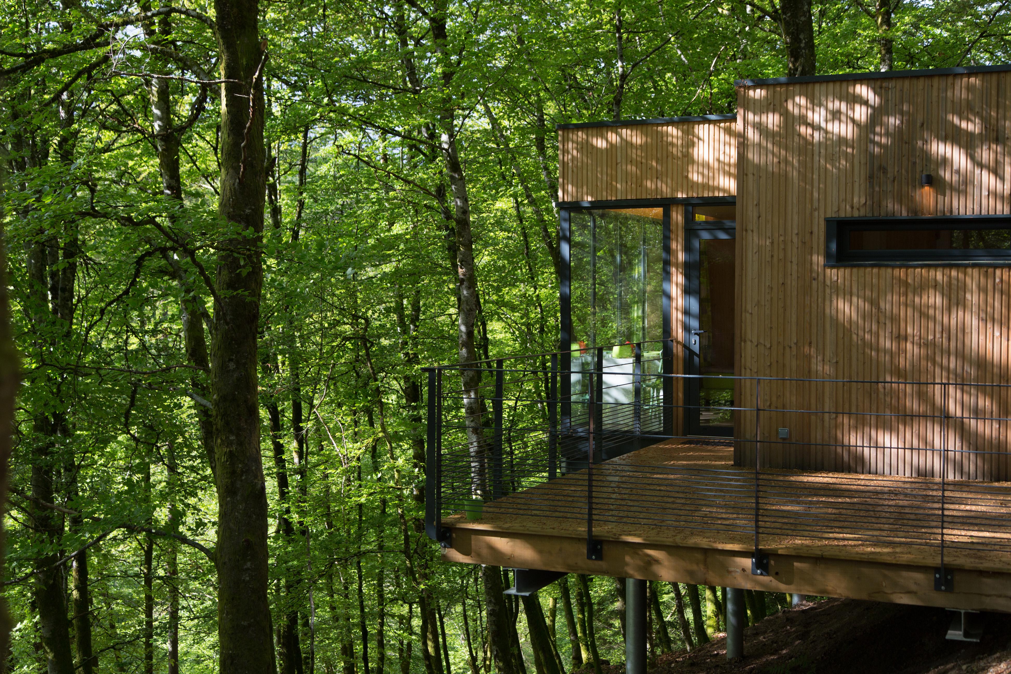 cabane de salagnac c dre gris canopy stars. Black Bedroom Furniture Sets. Home Design Ideas