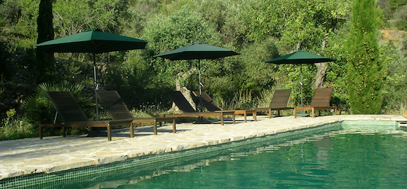 the pool at Refugio Marnes